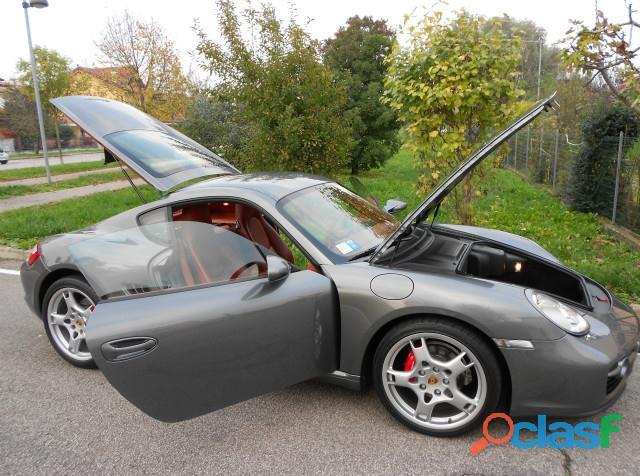 Porsche Cayman 2.7 1