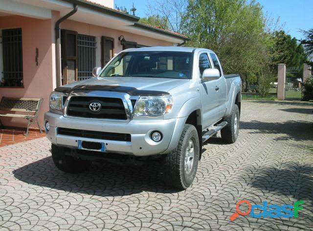 Toyota Tundra Tacoma