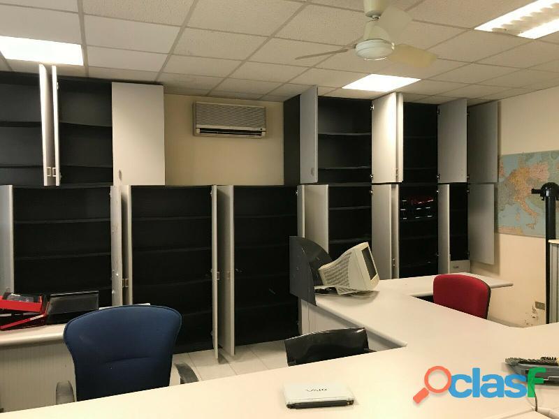 Ufficio operativo 5 postazioni di lavoro   armadio 14 ante CODICE A 6