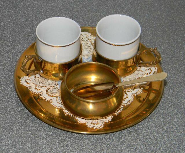 Servizio caffe': due tazzine, zuccheriera, vassoio made in