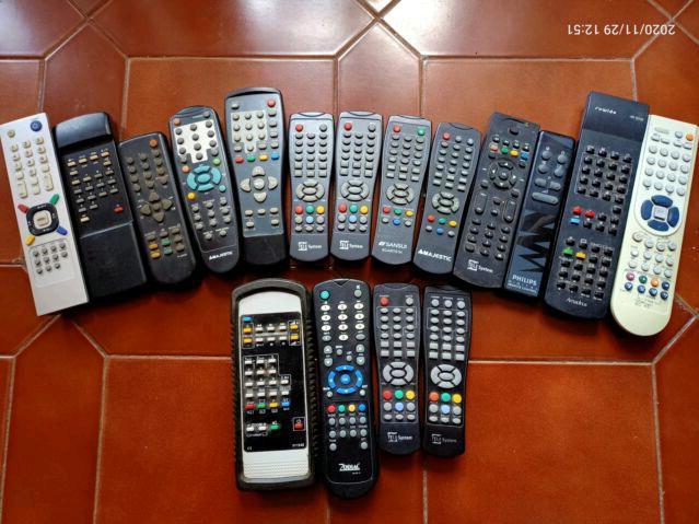 Telecomandi n.17 (13+4) multimarche tv / decoder