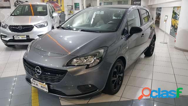 Opel corsa benzina in vendita a napoli (napoli)