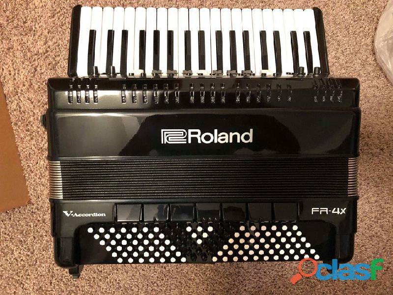 Fisarmonica Roland FR4X con borsa