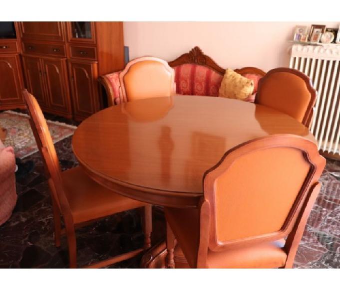 Tavolo Rotondo Allungabile Color Noce Nazionale A Cadoneghe Clasf Casa E Giardino