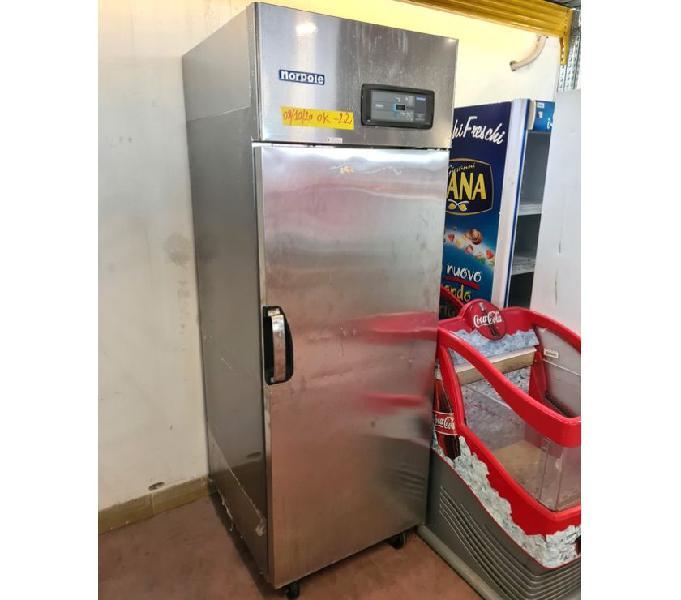 Armadio inox freezer con ruote usato a Lecco | Clasf casa ...