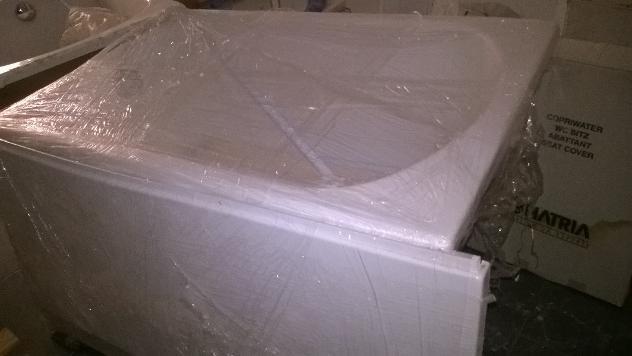 Vasca da bagno resina pannello telaio 105 glass prezzo euro