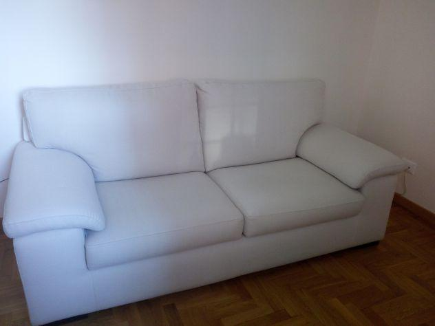 Vendo divano poltrone sofà