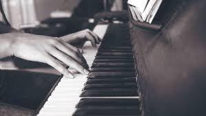 Corso personalizzato di pianoforte, tutto incluso, anche da