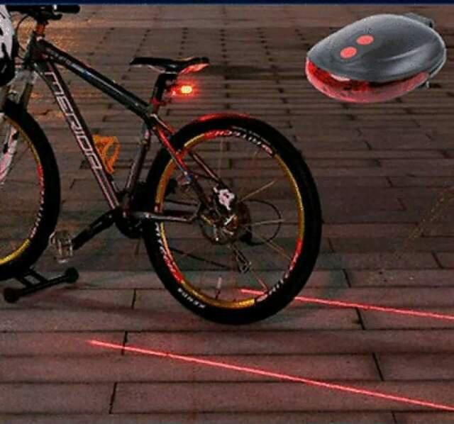 Luce led posteriore per bicicletta con laser