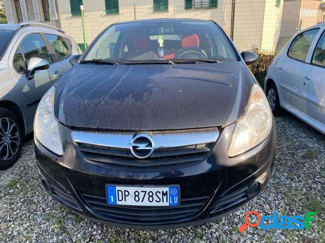 Opel corsa benzina in vendita a lucca (lucca)