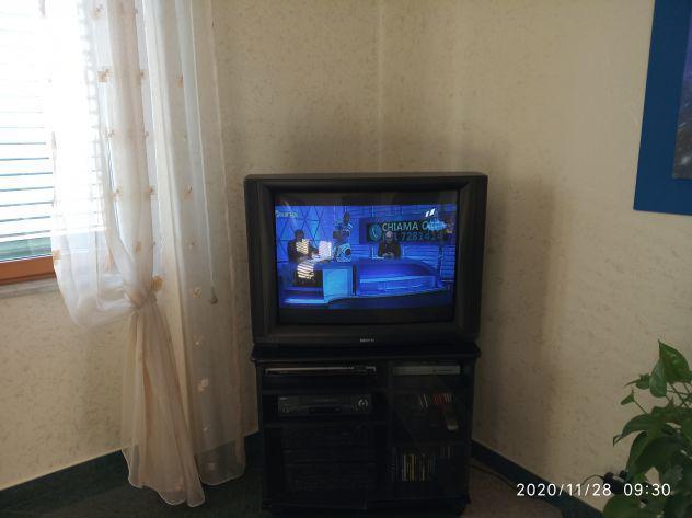 Tv colori sinudyne triade 34 pollici con decoder digitale