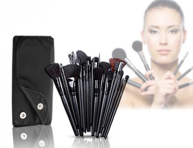 Set da 32 pennelli make-up professionali + pochette