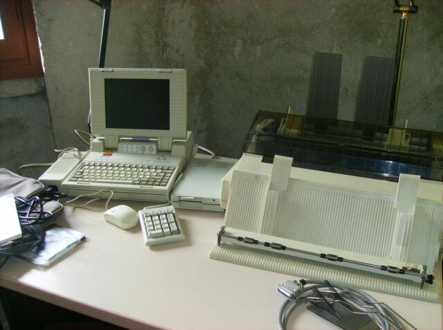 Computer laptop olidata e stampante epson