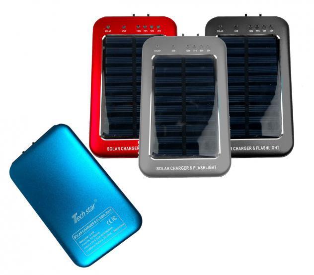 Powebank caricabatterie 136774 ricarica solare e torcia led