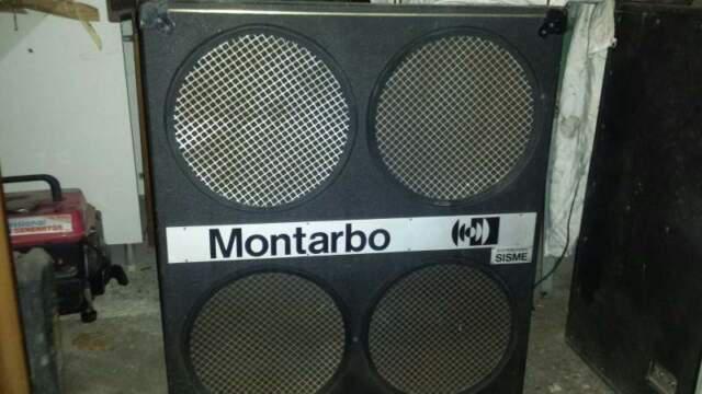 Coppia casse/speakers montarbo piano bar/dj/palco