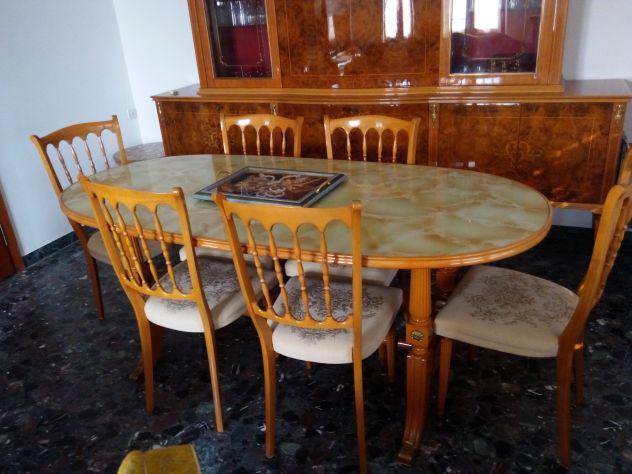 Tavolo ovale più sedie vintage