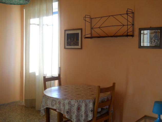 Singola con balcone-vicino ingegneria € 300