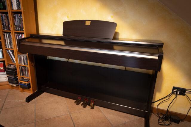 Yamaha clavinova clp-320