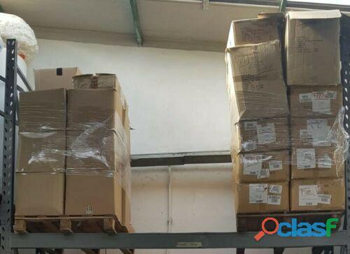abbigliamento da LAVORO a stock taglie miste 900 pezzi