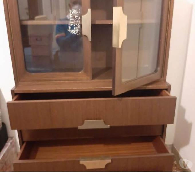 mobiletto vintage vetrina cassetti sportelli in vendita Roma - Vendita mobili usati