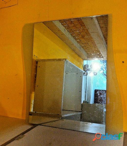 Specchio ondulato