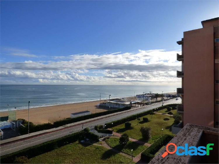 Vista mare con spiaggia privata