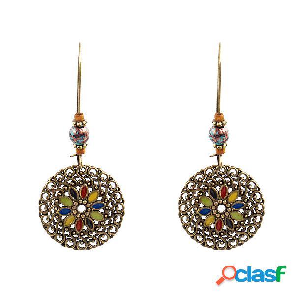 Orecchini pendenti etnici geometrici a fiore in oro vintage con orecchini pendenti per le donne