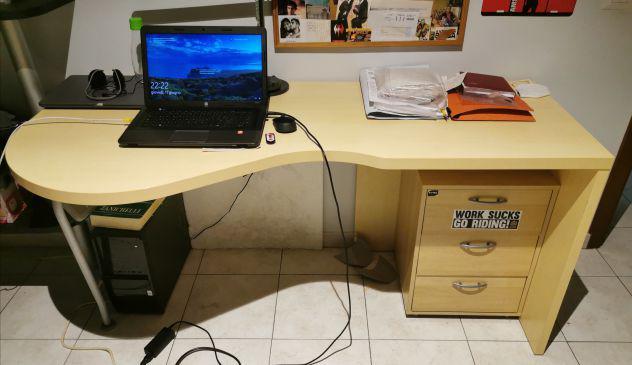 Grande scrivania