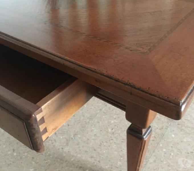 Tavolo designe oggettistica complementari scrivanie sedie v in vendita lari - vendita mobili usati