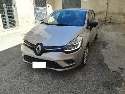 Renault clio tce 12v 90 cv 5 porte moschino zen usata a