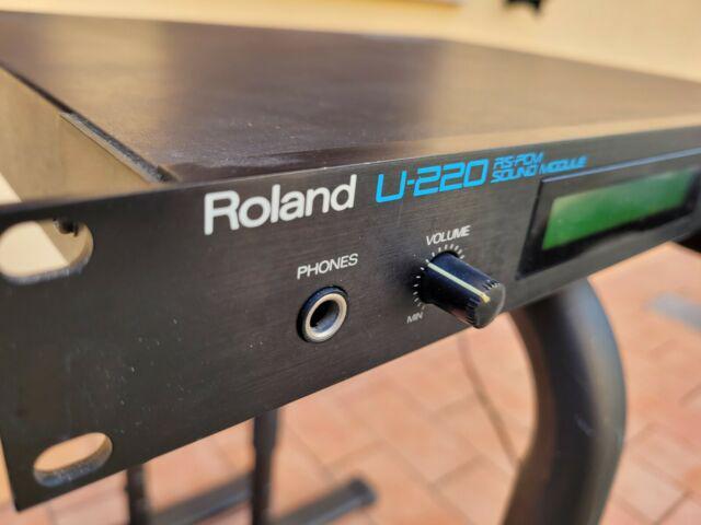 Roland u220 expander made in japan in perfette condizioni