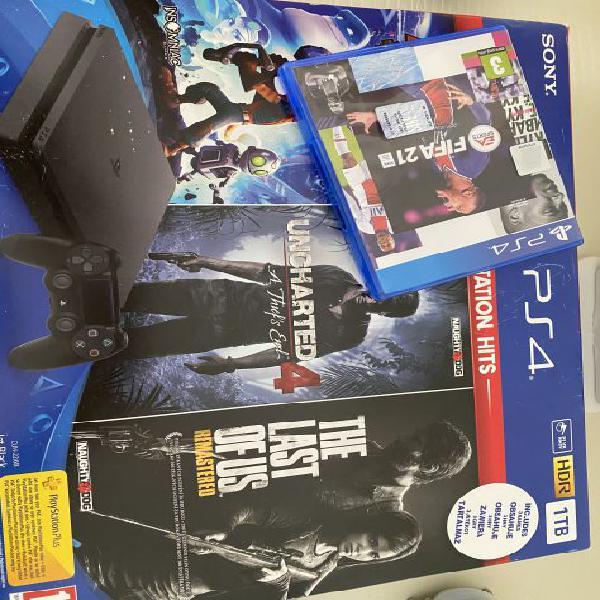 Sony ps4 1 tb nuova in garanzia con 3 giochi + fifa 21 + 2