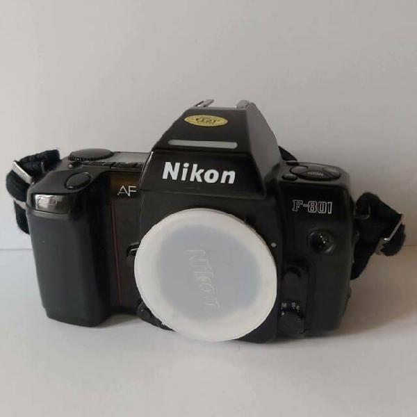 Macchina fotografica reflex nikon af f 801 corpo