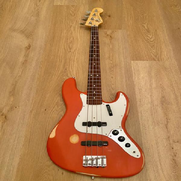 Fender jazz bass relic
