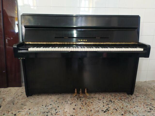 Pianoforte yamaha 109 con trasporto, panca e accordatura