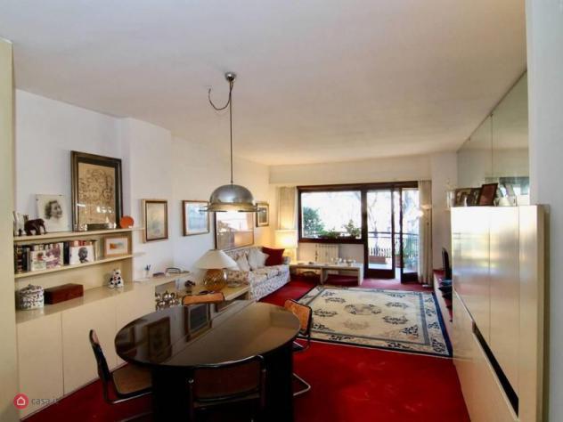 Appartamento di 200mq in via di torre rossa 35 a roma