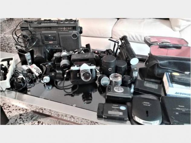 Macchine fotografiche, video, audio -in blocco- usato