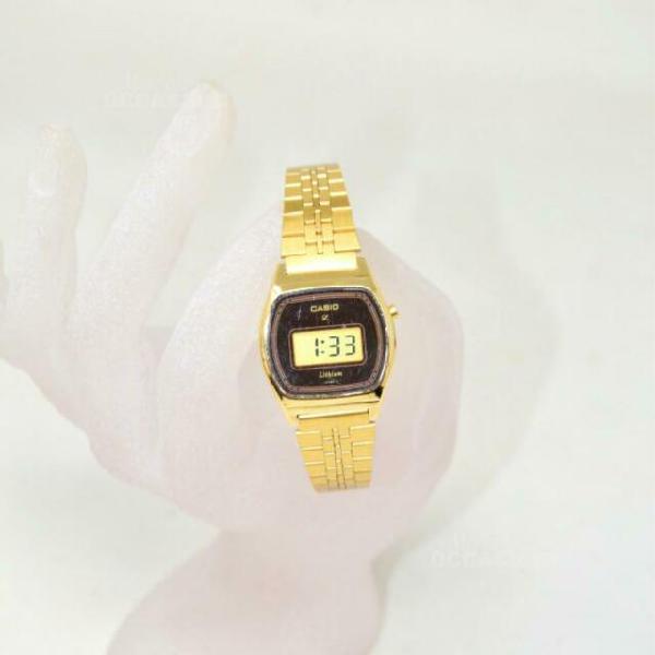 Orologio donna casio dorato lithium a batteria, funzionante