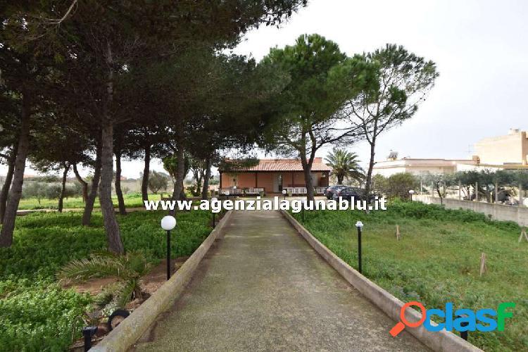 Casa singola vicino al mare con giardino