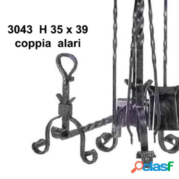 Coppia alari in ferro battuto per camino con anello 39xh35 cm lavorazione artigianale in ferro battuto colore nero