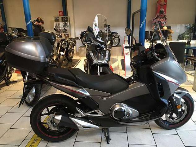 Honda integra 750 s dct - km. 16500, euro 6200