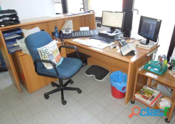 : arredi uffici, pc, stampanti, varie   uffici