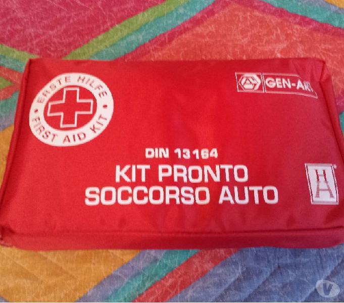 First aid kit kit pronto soccorso auto bmw audi mercedes din legnano - ricambi e accessori auto in vendita