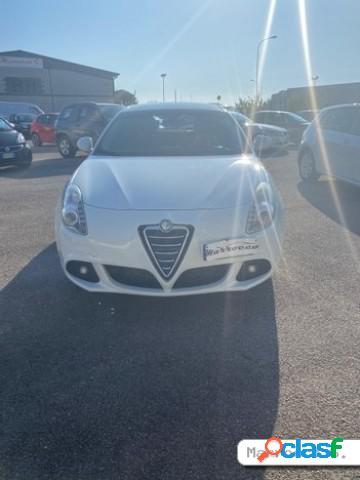 Alfa romeo giulietta diesel in vendita a fondi (latina)