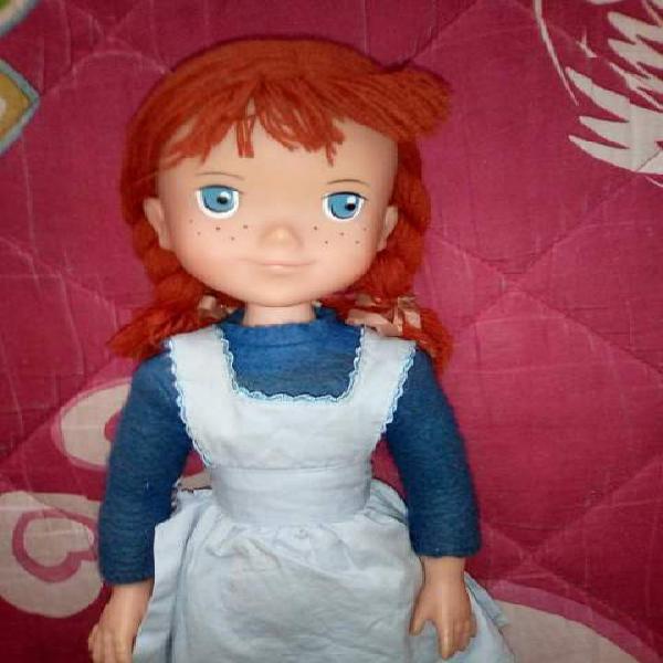 Anna dai capelli rossi bambola gigante anni'80.