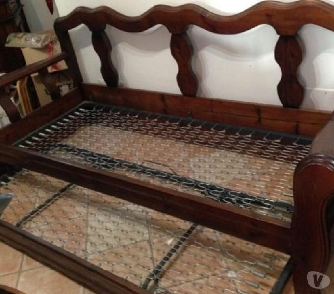 Divano letto legno massello con doppia rete in vendita sant'angelo romano - vendita mobili usati