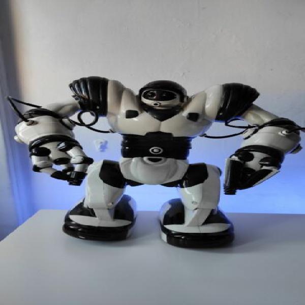 Robot giocattolo robosapiens