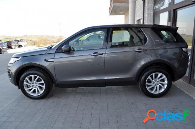 LAND ROVER Discovery Sport diesel in vendita a Campobasso (Campobasso) 3
