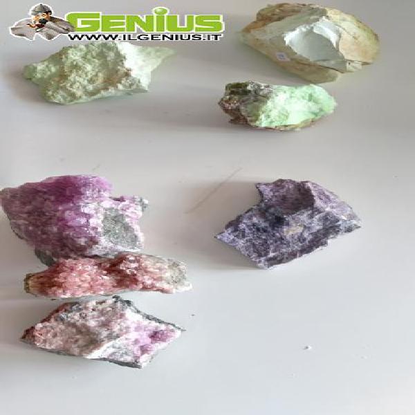 Collezione minerali vari grezzi in drusa (celestina, spato,