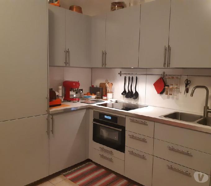 Cucina ikea con elettrodomestici whirlpool e electrolux in vendita torino - vendita mobili usati